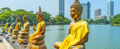 Golden Buddhas in the Colombo city centre, Sri Lanka.